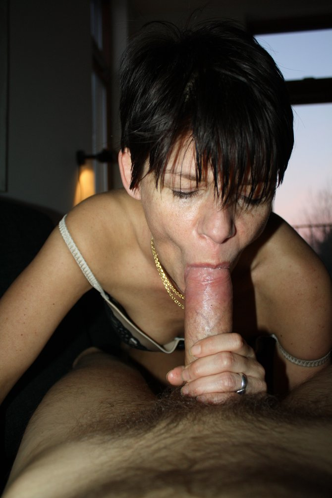 Chubby Latina Sucking Dick